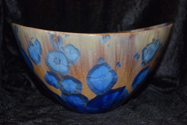 grand saladier courbure bleu marron mauve porcelaine