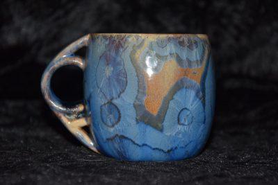 tasse anse ronde boule bleu marron porcelaine
