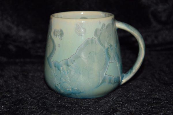 tasse en porcelaine vert d'eau