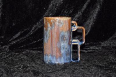 Chope en porcelaine bleu marron mauve