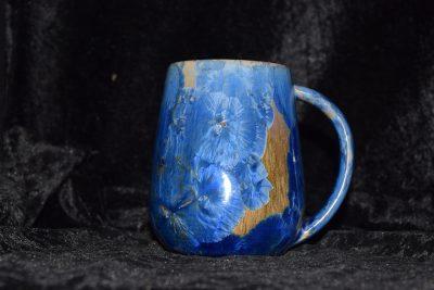Grande tasse en porcelaine bleu-marron