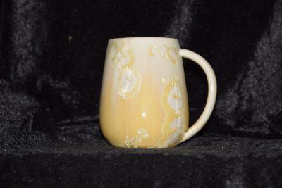 grande tasse porcelaine beige