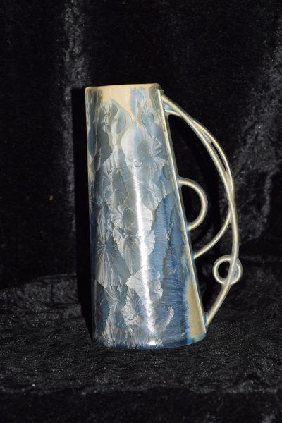 Pichet en porcelaine gris-bleu