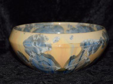 Petite coupe saladier en porcelaine beige bleu gris