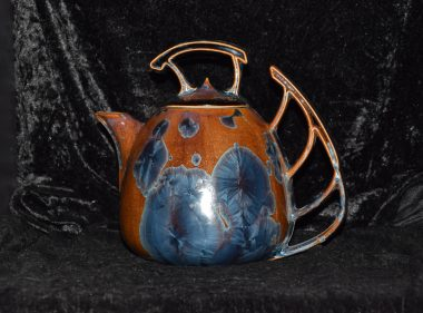 Théière en porcelaine artisanale rouille bleu