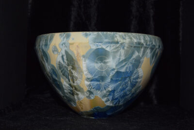 Saladier en porcelaine artisanal cristallisations gris bleu