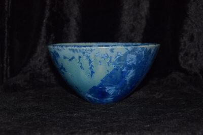 Bol en grès artisanal style japonais bleu